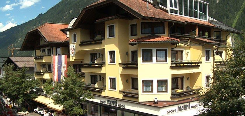 Sporthotel Manni's, Mayrhofen, Austria - Exterior.jpg